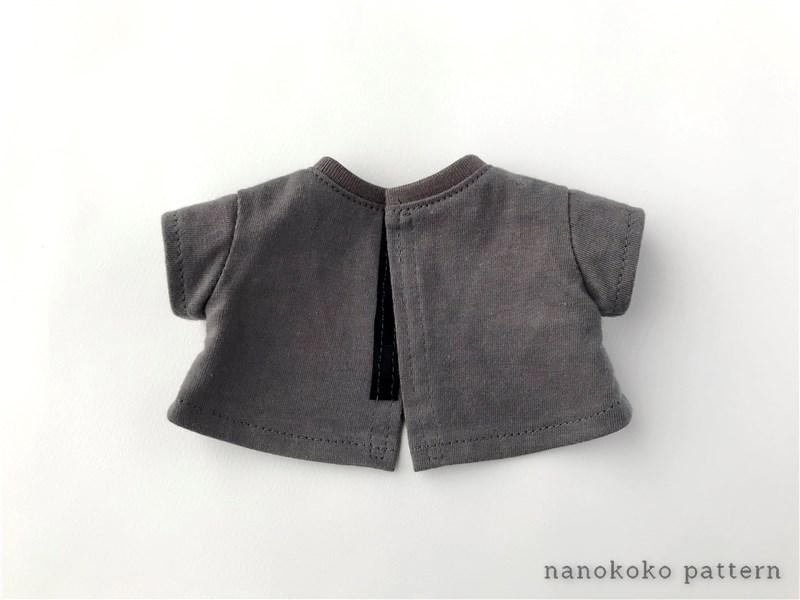 メルちゃんやソランちゃんサイズのハンドメイドドール服「ゆるTシャツ」